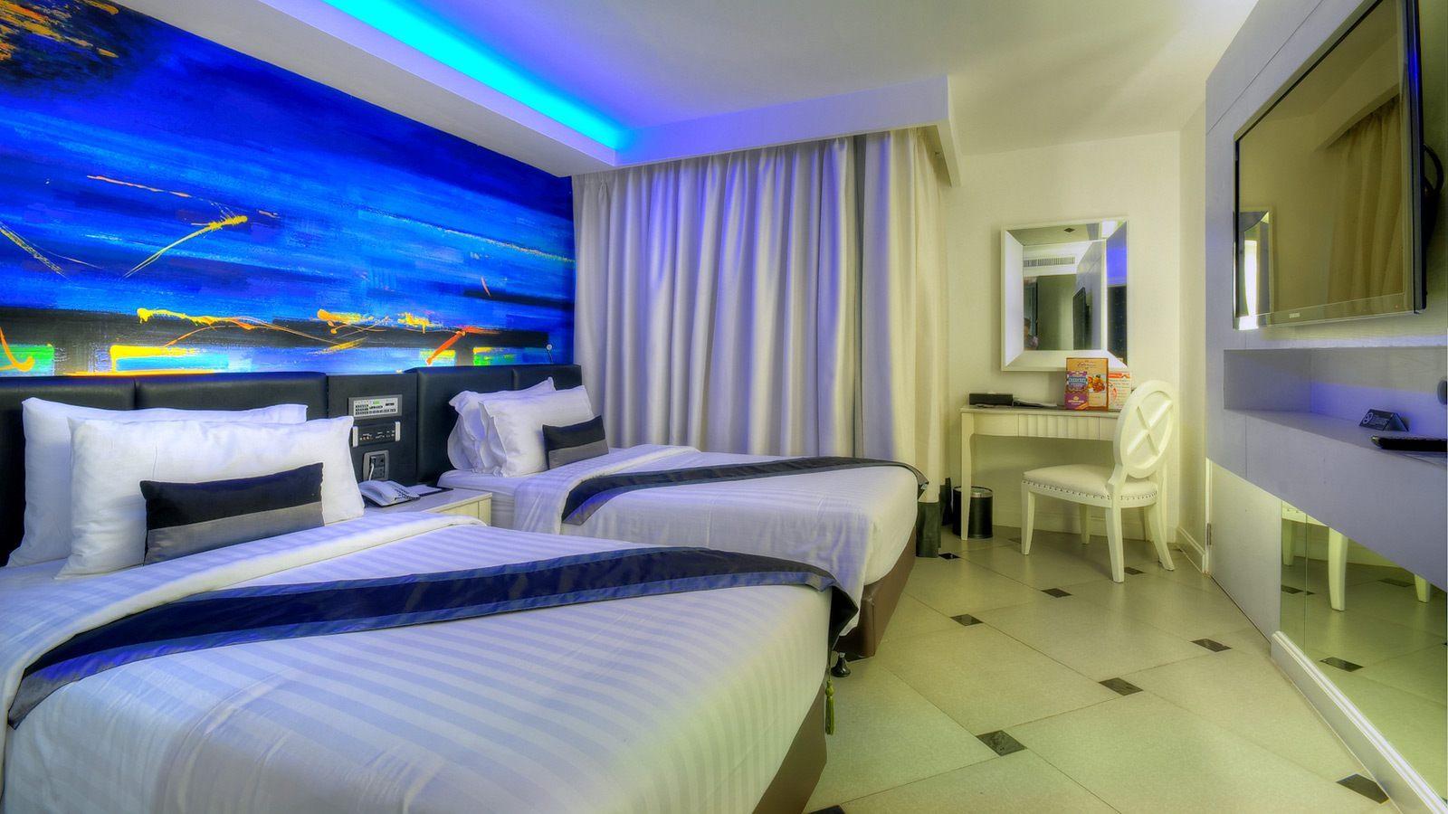 Definition Superior Room Hotel